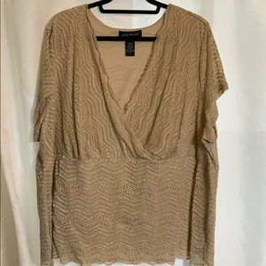 Lane Bryant 26/28 lacy look blouse
